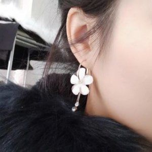 Petal Acrylic Zircon Earrings